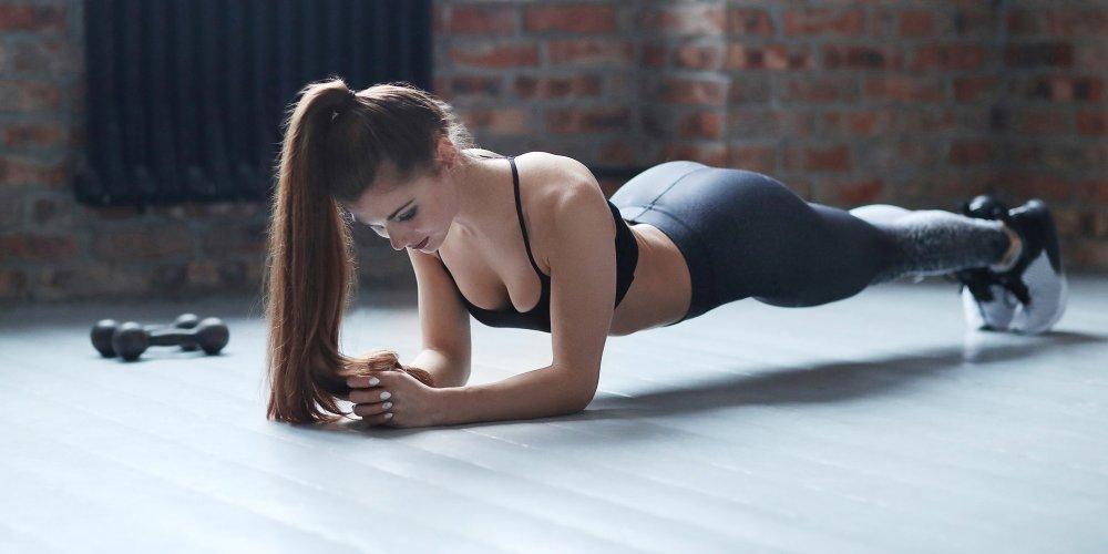 7 exercices pour un estomac plus ferme – facile à faire à la maison