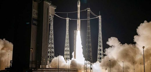 La fusée européenne lancera cinq satellites ce lundi; regardez